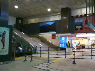仙台駅の様子